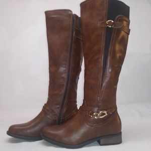 Olivia Miller Riding boot brown NWOT 8 1/2
